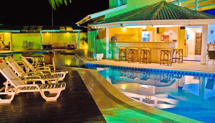 piscina-aquecida-pousada-maresias